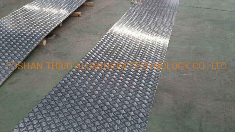 China Diamond / 5 Bar Embossed Aluminum Tread Sheets 3003 H14 Factory