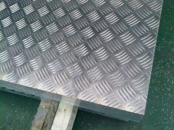 Price of 1 Series Embossed Aluminium Checkered Plate Size 3mm