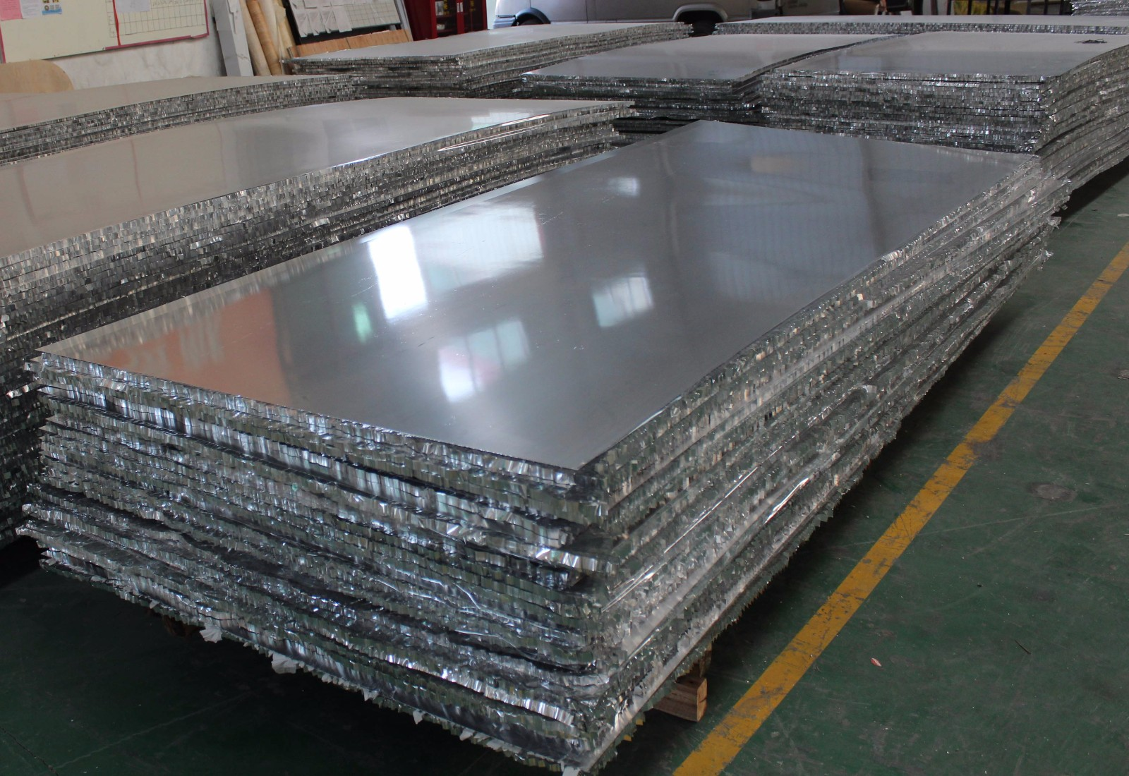 endurable aluminum honeycomb panels supplier for outdoor ceiling-2